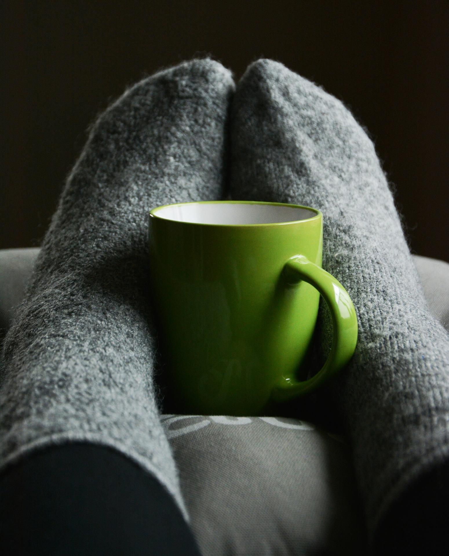 Kalte Füße: Wirkungsvolle Tipps für schön warme Füße
